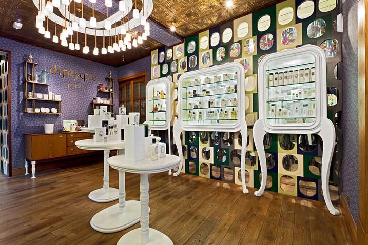 Desain Interior Retail yang Bergaya Klasik